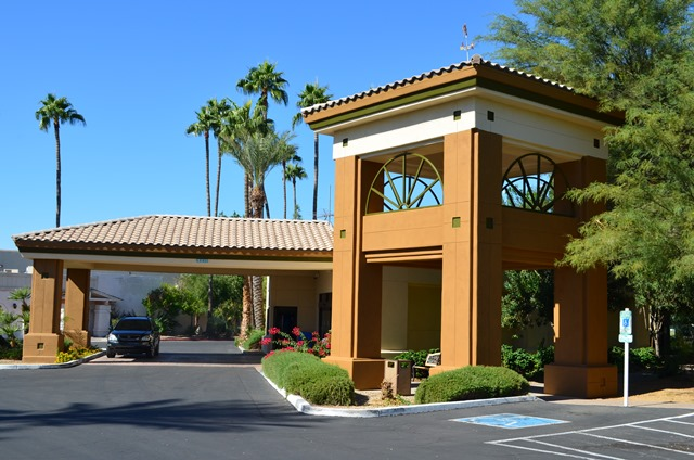 Visit our Mesa Arizona Hotel. Windemere Hotel Exterior